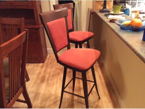 OBO Bar stools