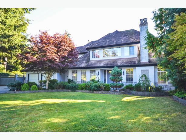 Beautiful Executive Home in Sought After Ocean Park