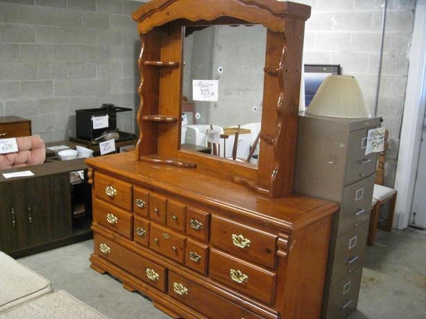 Was 85 Dresser With Mirror Hutch For Sale At St Vincent