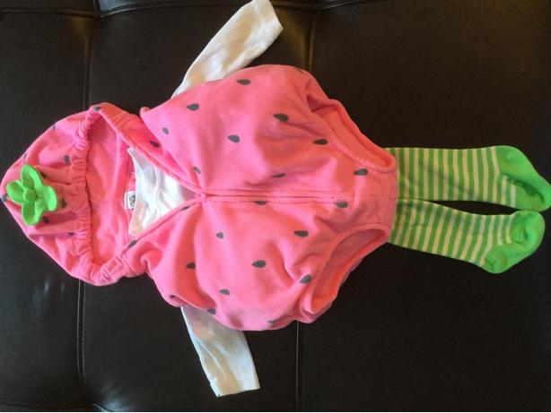 Adorable Carter's Strawberry Hallowe'en Costume Size 3-6 months