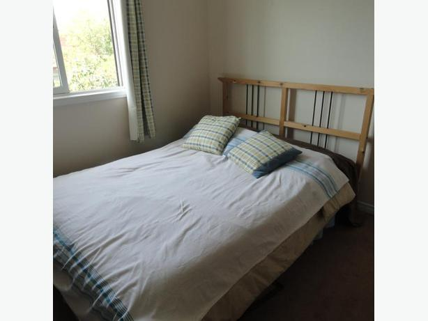DOUBLE BED FRAME AND MATTRESS IN GOOD CONDITION