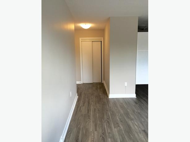 LARGE 2BDR APARTMENT. PERFECT FOR ONE/TWO PERSONS!