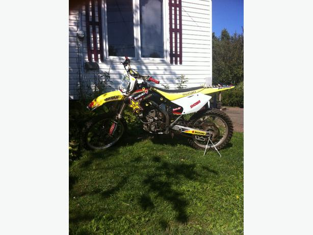 250 rmz 2005 for sale or trade for a sled for the winter time!