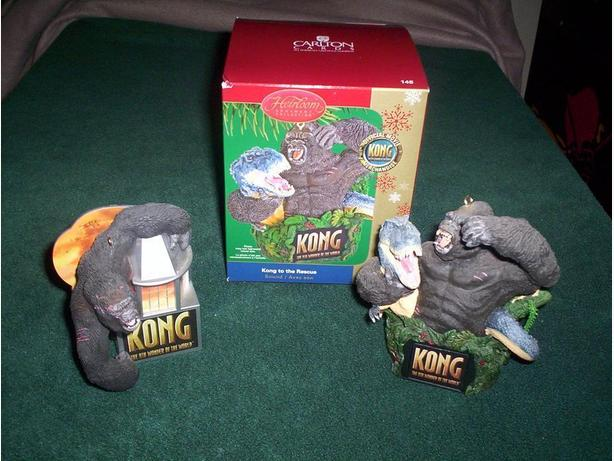 2 King Kong Ornaments with Sound