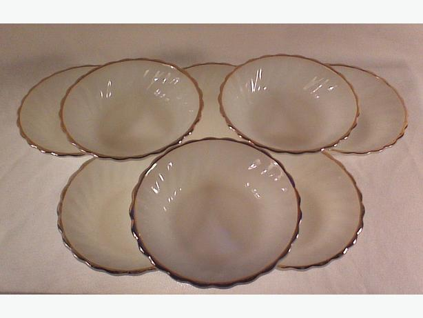 Anchor Hocking white swirl dessert bowls