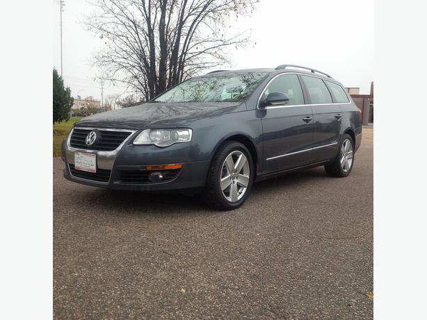 2009 Passat Wagon 2.0 T Loaded with luxury features