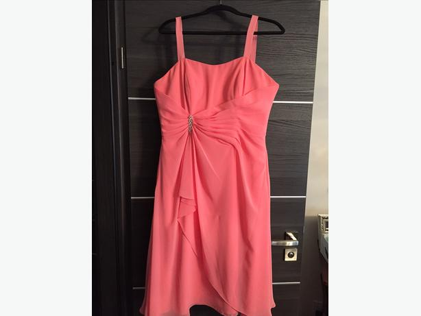 Formal dress, peach colour - size L