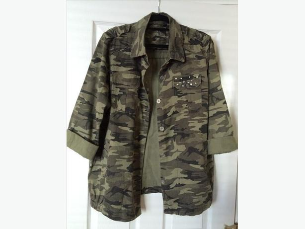 Woman's army print jacket