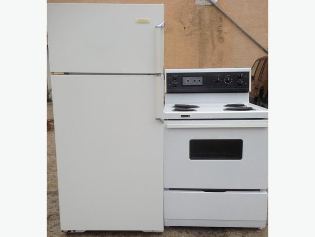 Kelvinator Fridge & Stove Set