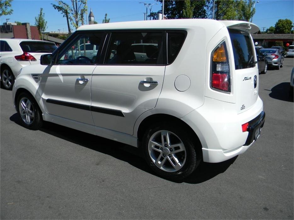 2011 Kia Soul 4u Sx Backup Camera Local B C Victoria City