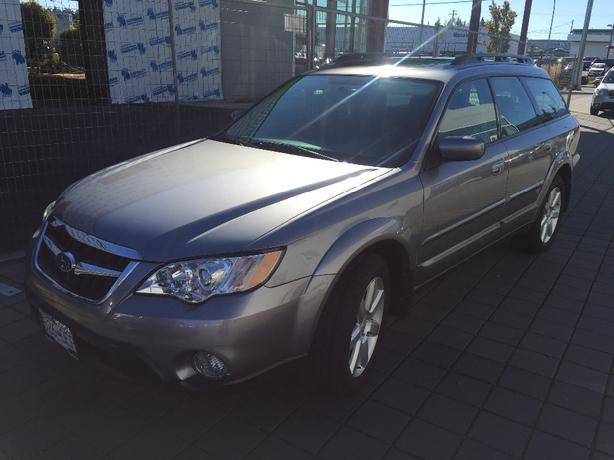 2008 Subaru Outback Touring / 2.5i