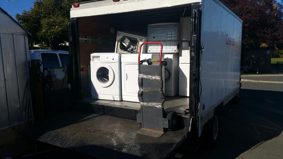 Appliance Pick Up And Recycling Of Repairable Units And