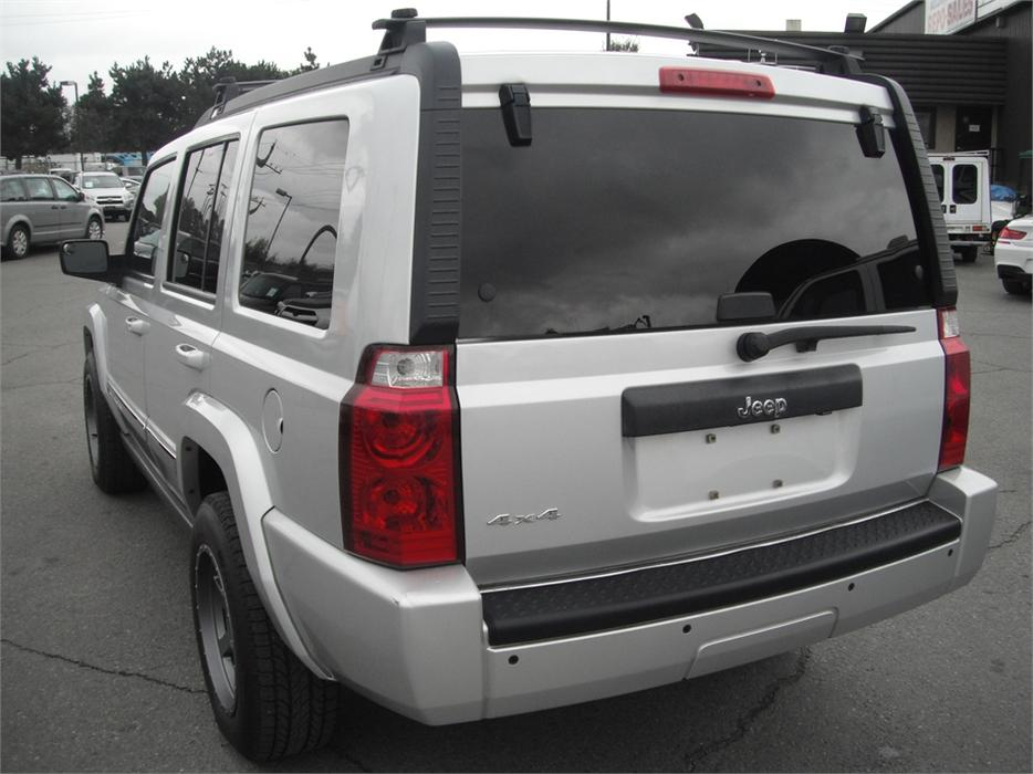 2010 jeep commander sport 4wd 3rd row seating outside victoria victoria mobile. Black Bedroom Furniture Sets. Home Design Ideas