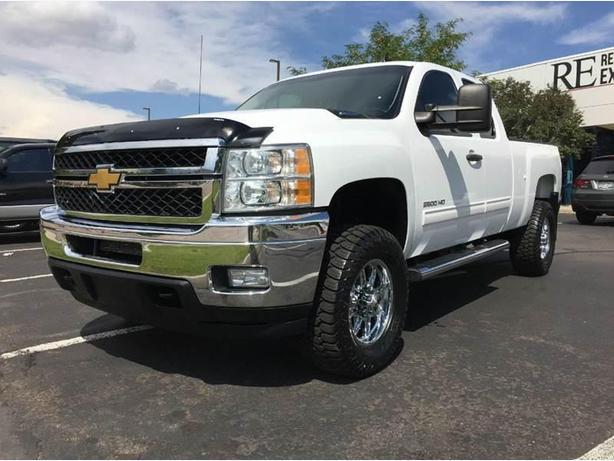 2012 Chevy silverado 6.6 diesel 4x4 short box super cab