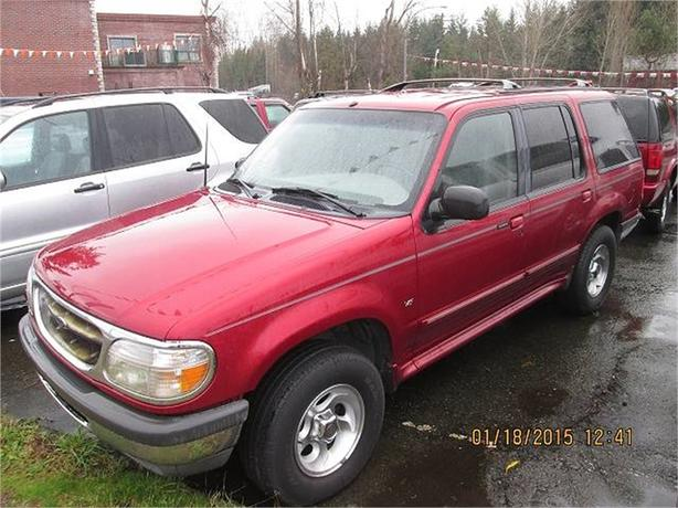 1998 Ford Explorer XLT 4-Door AWD