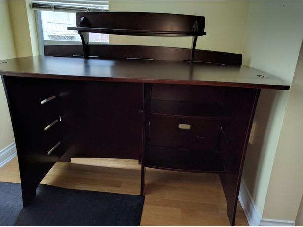 Desk - Pier 1 Tool-Free Desk