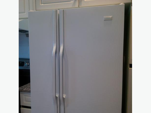Crosley Fridge (Richmond)