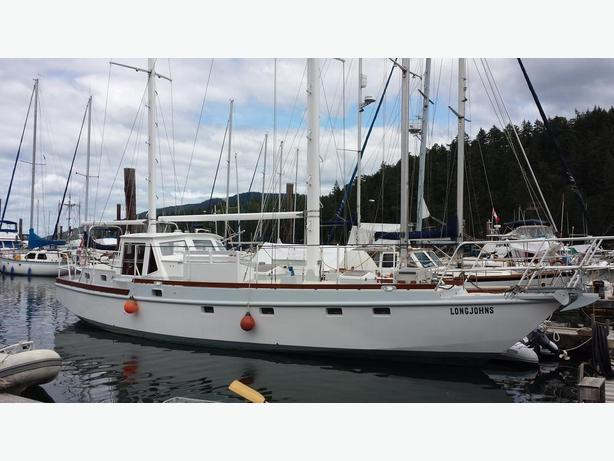 50'  2002 Bruce Roberts Pilothouse Ketch  Steel Hull live-a-board yacht