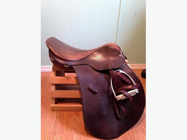 "16"" Medium tree crosby saddle"