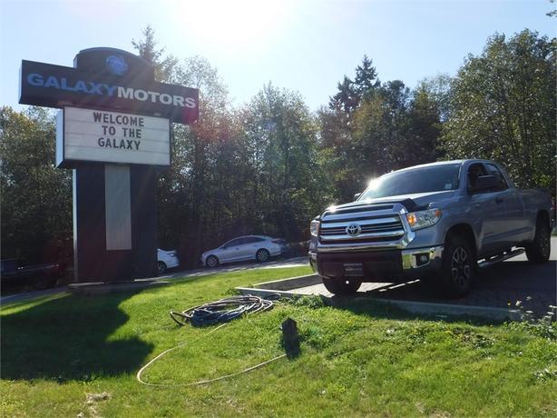 2016 Toyota Tundra SR5   TRD OFF ROAD