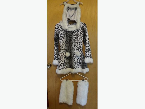 Snow Leopard Costume size youth large (12-14)