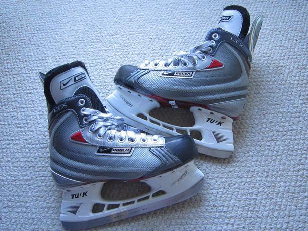 Skates-Bauer Nike `Vapor LTX`adult - New - Sz. 6.5 EE