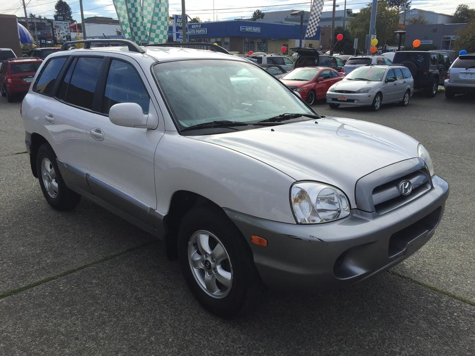2006 hyundai sante fe gl island only vehicle outside for West valley motor vehicle