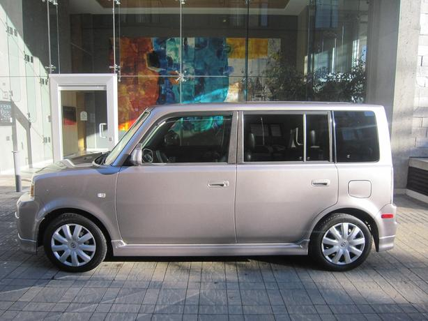2004 Scion xB - NO ACCIDENTS!