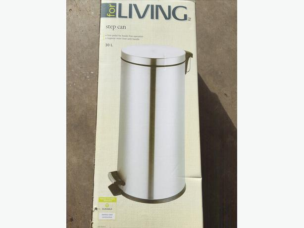 New In Box  30 Liter Stainless Steel Garbage Can