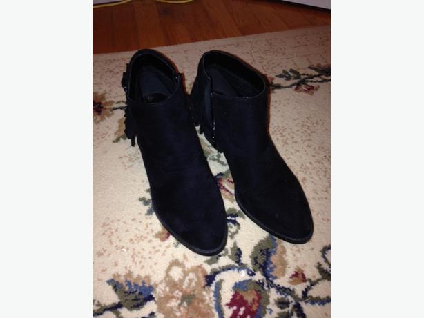 Black Crop Boots