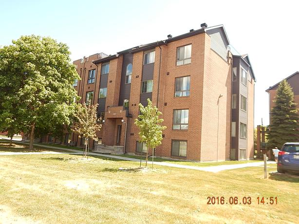 Beautifull condo near gatineau Hospital