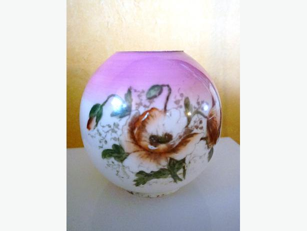 4U2C ANTIQUE PINK HAND PAINTED GLOBE FOR OIL LAMP