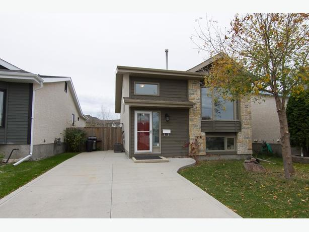 50 Lambeth Rd - Professionally Marketed by Judy Lindsay Team Realty