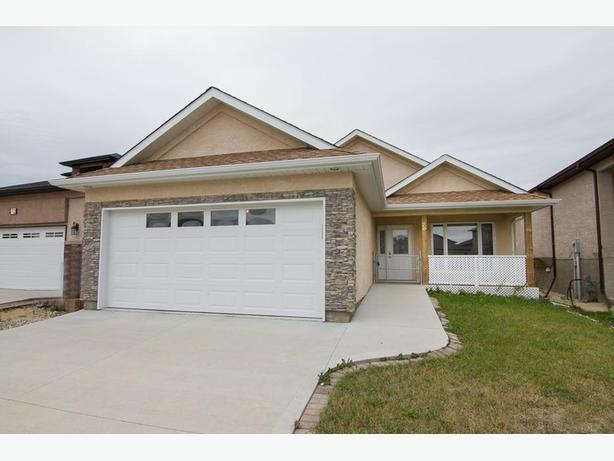 76 Innsbruck Way - Professionally Marketed by Judy Lindsay Team Realty