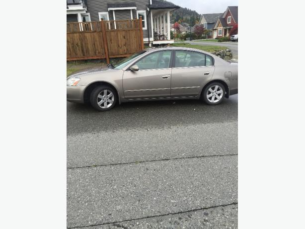 fully loaded NISSAN ALTIMA 2004 $4900 OBO