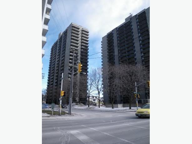 $1095.00 - 1 bdrm Available November 1st - ALL INCLUSIVE!!!!!!