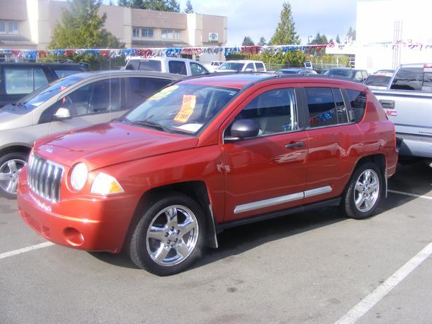 HARRIS CHEV...PARKSVILLE CLEARANCE CENTRE..COMPASS 4X4 FULLY EQUIPped