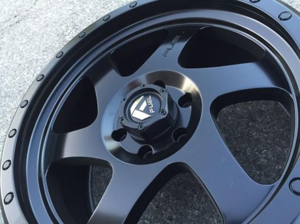 "FIVE NEW 17""FUEL ROTOR wheels (5x127)– JEEP WRANGER"