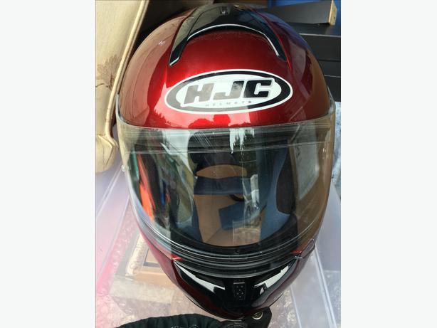 HJC full face helmet almost new no accident