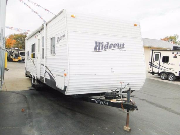 27ft 2007 keystone hideout trailer