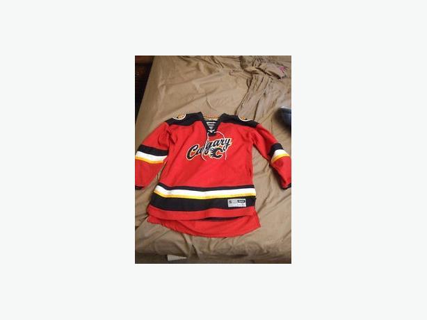 Calgary flames jersey (rebook)