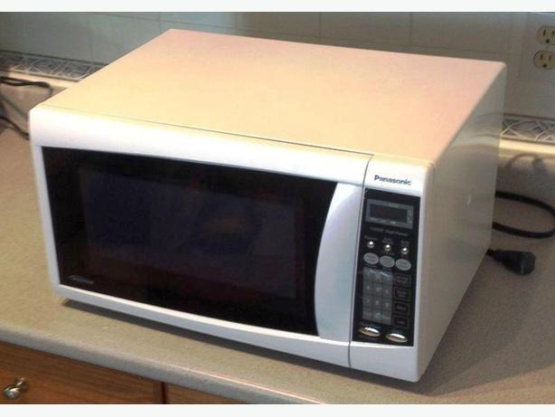 Panasonic Mid-sized Inverter microwave White