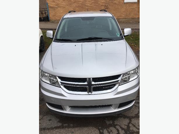 2011 Dodge Journey SE - Low Mileage