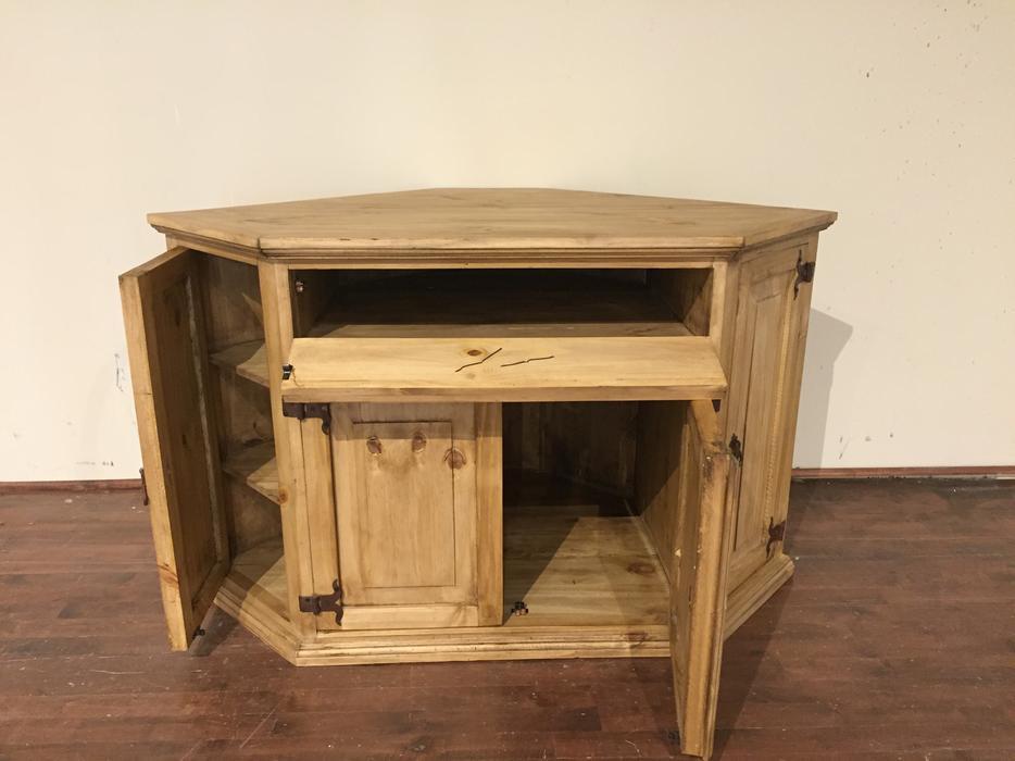 Rustic pine corner TV stand - meuble rustique en coin pour ...