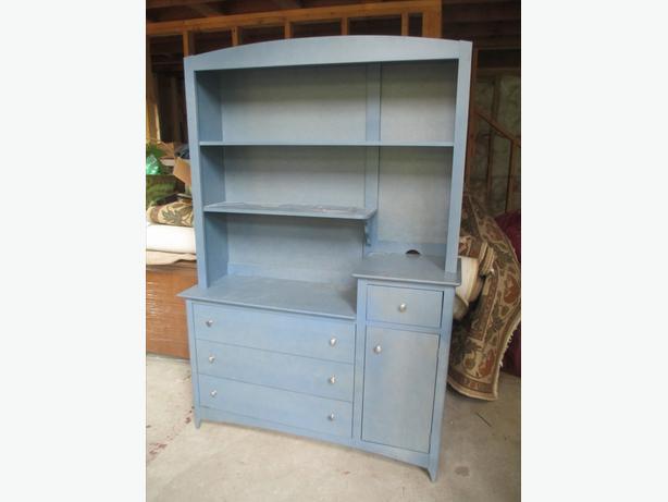 Dresser, headboard and footboard