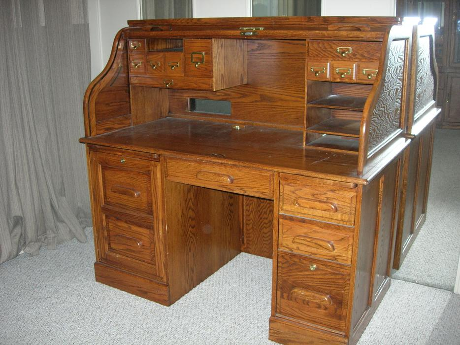 oak roll top desk chair north saanich sidney victoria. Black Bedroom Furniture Sets. Home Design Ideas