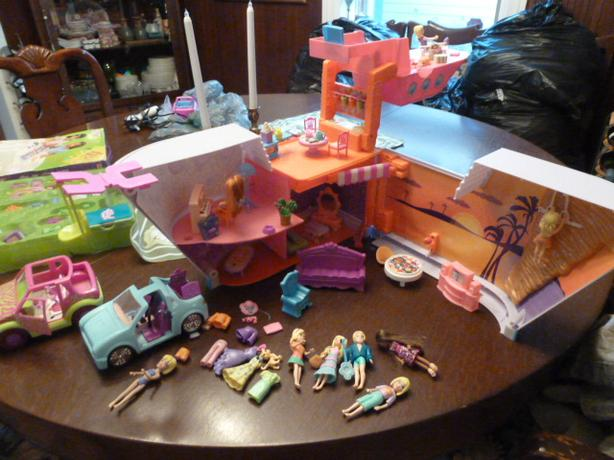 Mattel Polly Pocket  Cruise Ship Playset, cars, agame and plymat