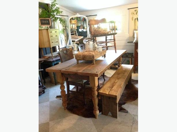 Custom 6 ft Farmhouse Table Set