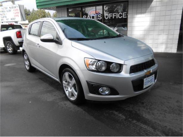 2015 Chevrolet Sonic LT HATCH 1.8