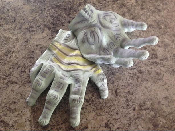 Adult size Alien Rubber Gloves